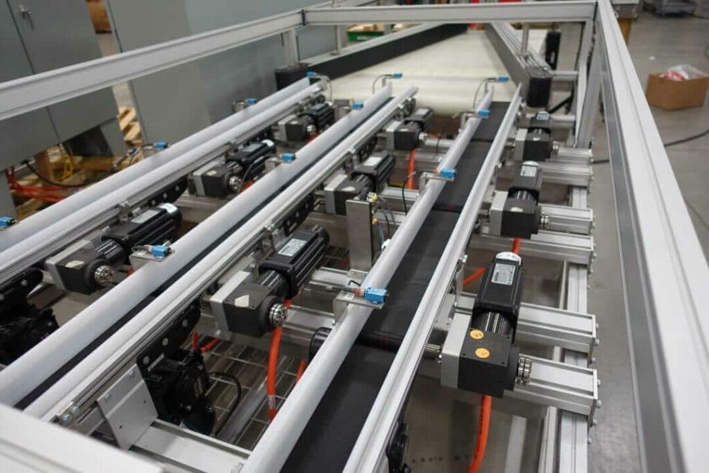 smart conveyors - merging, diverting and sorting - Dorner